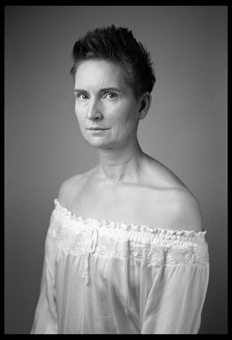 Portraitstudio Dresden, Schwarzweissportraitfotografie, Leica M6, 35mm, Analogschwarzweiss