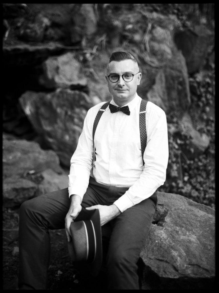 authentisches analoges Schwarzweissportrait Ken Wagner Portraitfotograf Dresden
