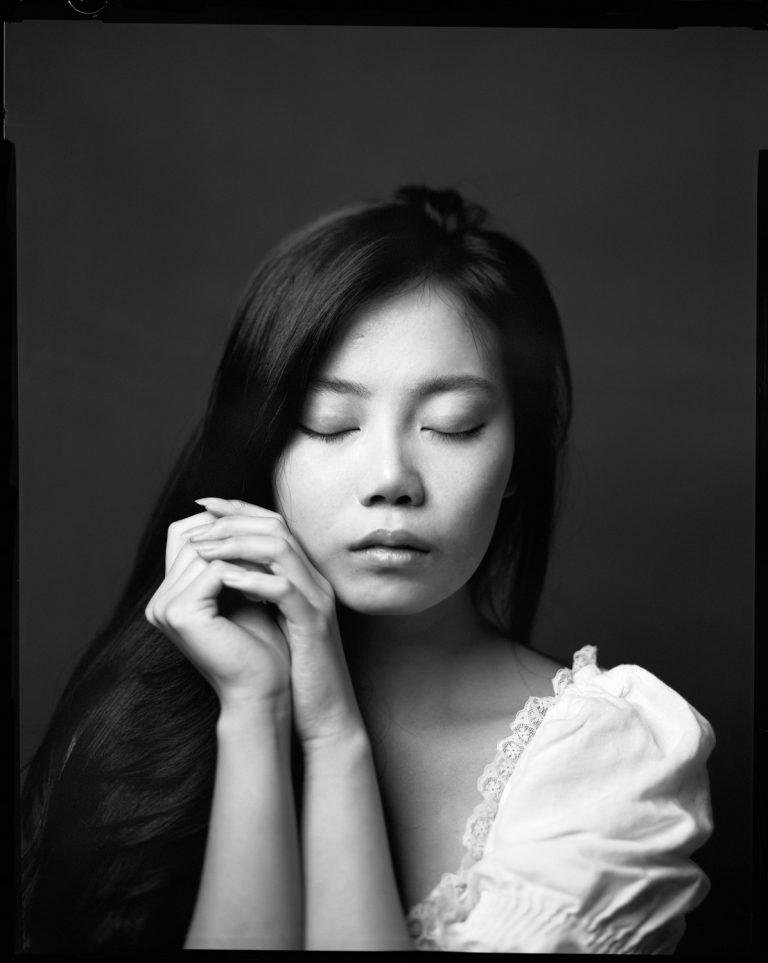 Schwarzweiss portraitfotografie dresden schwarzweiss analog film 4x5inch